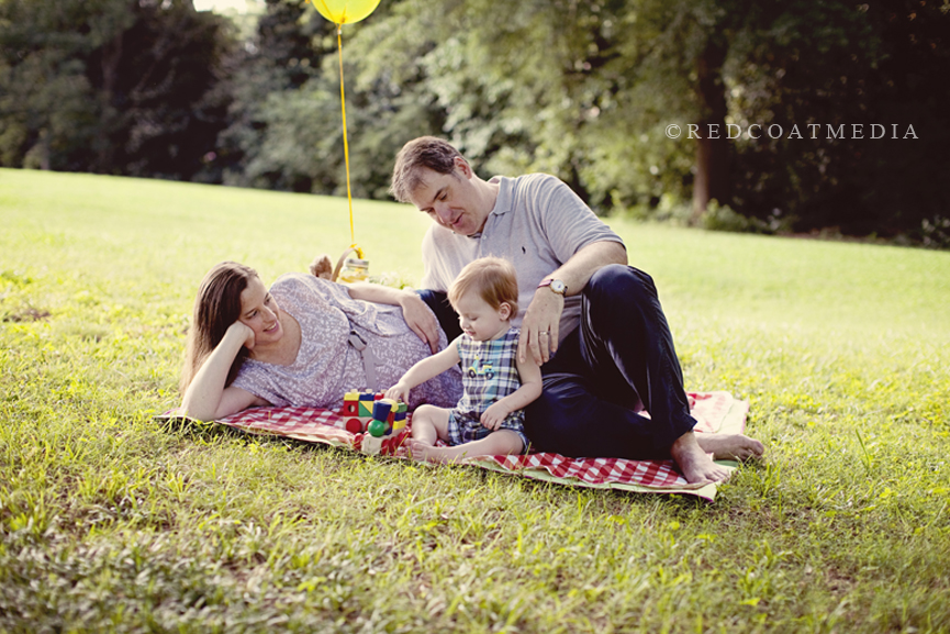 dawn and family maternity session at marietta